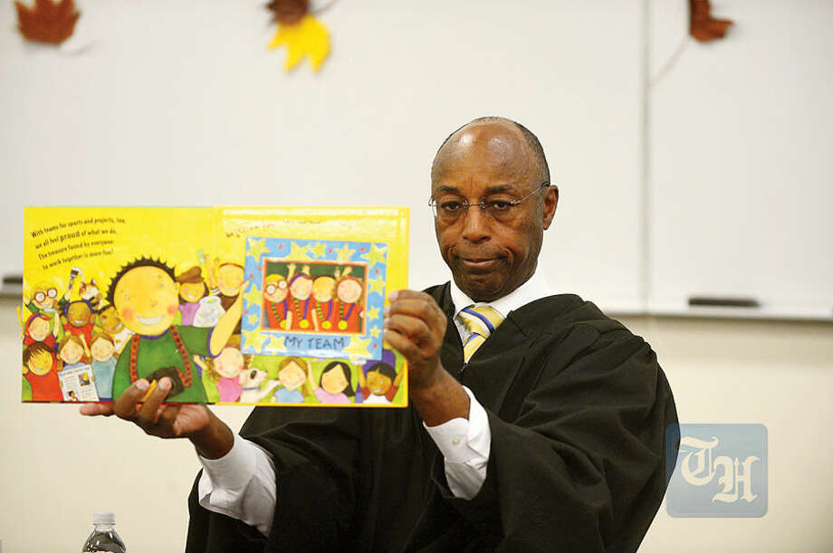 Hour photo / Erik Trautmann UConn Stamford holds its annual Children's Reading event as Judge Gary White of the Stamford Superior Court will read to 100 Students from Hart Magnet School Wednesday.