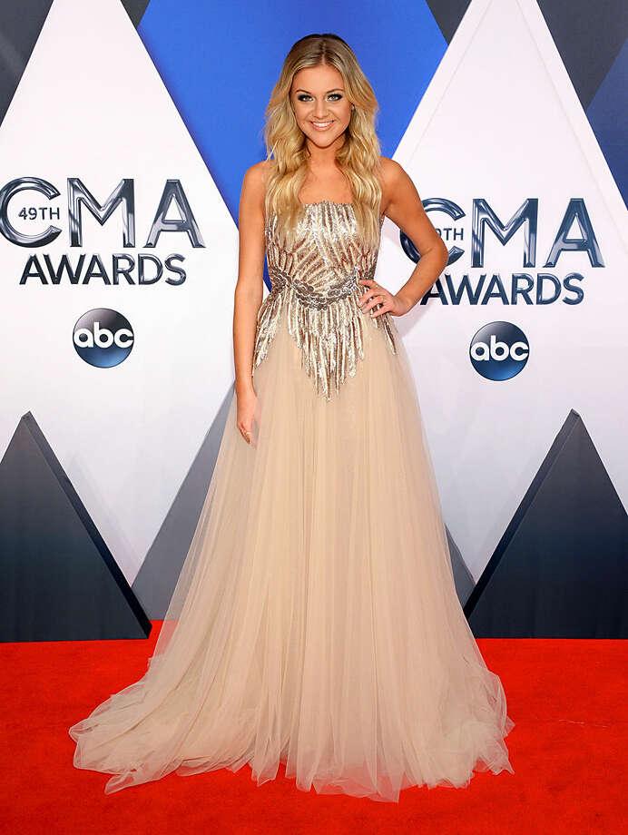 Kelsea Ballerini arrives at the 49th annual CMA Awards at the Bridgestone Arena on Wednesday, Nov. 4, 2015, in Nashville, Tenn. (Photo by Evan Agostini/Invision/AP)