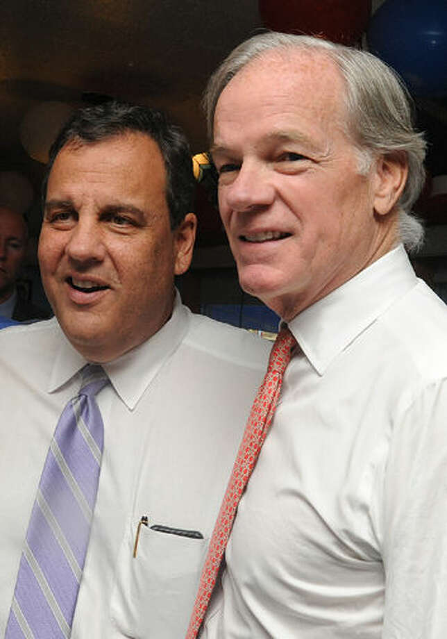 New Jersey Governor Chris Christie at Curlry's Diner in Stamford Tuesday attending a fundraiser for Connecticut candidate for governor, Tom Foley. Hour photo/Matthew Vinci