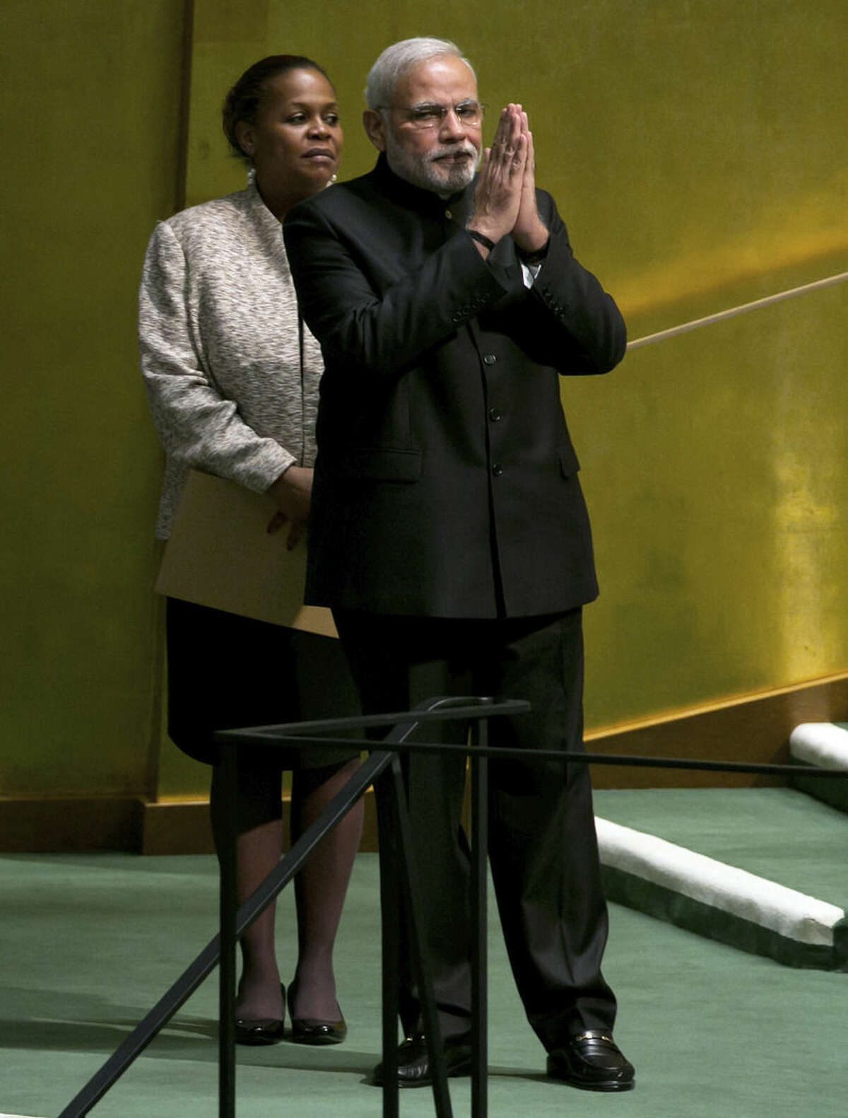Prime Minister Narendra Modi, of India, acknowledges the audience after his address to the 69th session of the United Nations General Assembly, at U.N. headquarters, Saturday, Sept. 27, 2014. (AP Photo/Richard Drew)