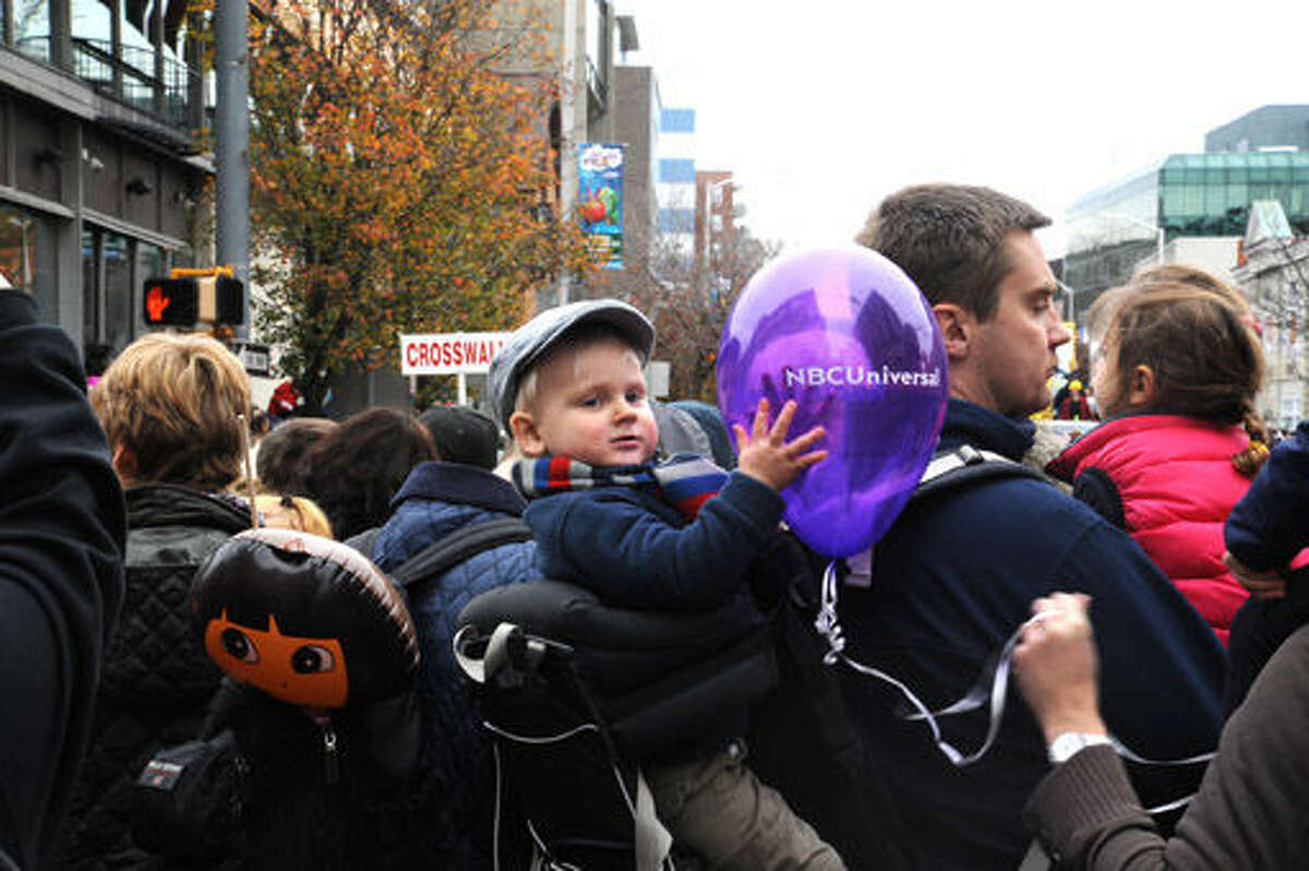 The Stamford annual UBS Thanksgiving Parade. Hour photo/Matthew Vinci
