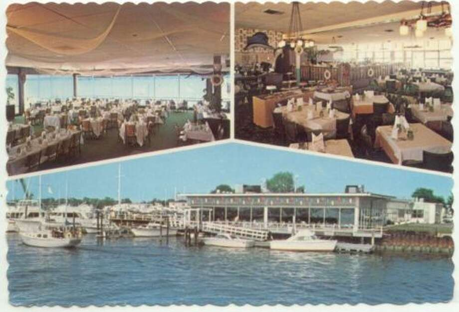 East Norwalk CT Skipper's Restaurant Postcard