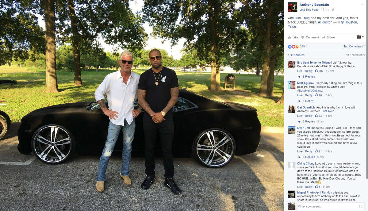 Food personality Anthony Bourdain poses with Slim Thug in Houston.