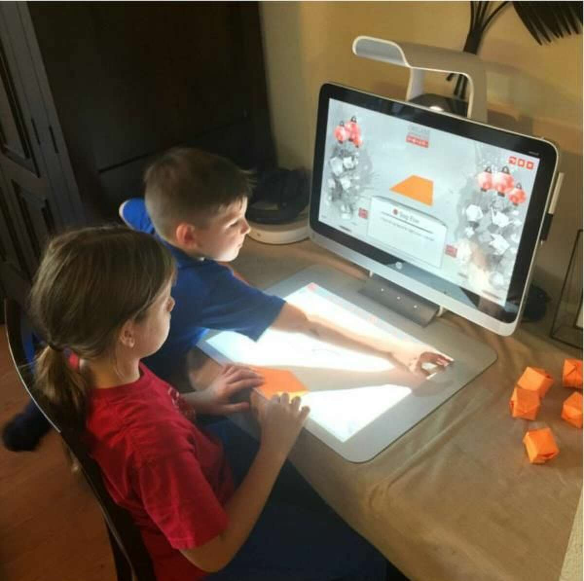 Create New Traditions Using Technology This Holiday Season