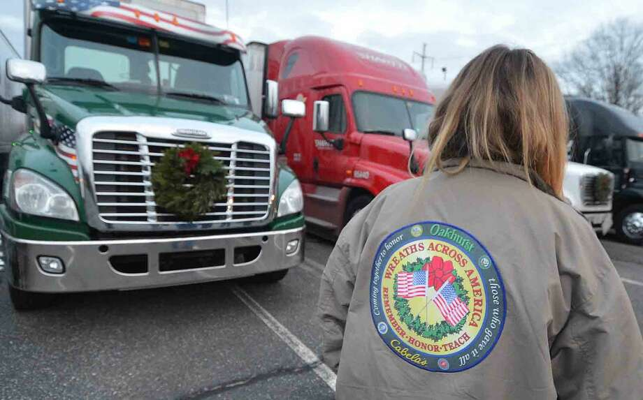 Hour Photo/Alex von Kleydorff Wreaths Across America stops in Norwalk CT. for dinner at The St Ann Club on their way to Arlington National Cemetery