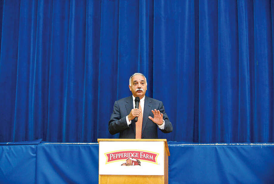 Hour photo / Erik Trautmann Norwalk Superintendent of Schools Dr. Manuel Rivera speaks as Pepperidge Farm and the Norwalk Public Schools celebrate the 5th year of project L.E.A.N. (Learning with Energy from Activity and Nutrition) during a press conference at Kendall Elementary School Thursday. The program, which aims to lower the childhood obesity rate through exercise and nutrition education, is now in 5 Norwalk elementary schools, reaching nearly 1,000 students.