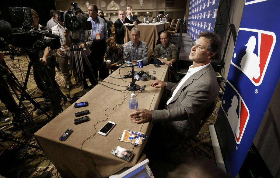 Miami Marlins manager Don Mattingly talks with reporters at Major League Baseball's winter meetings Wednesday, Dec. 9, 2015, in Nashville, Tenn. (AP Photo/Mark Humphrey)