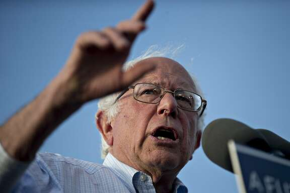 Senator Bernie Sanders, an independent from Vermont and 2016 Democratic presidential candidate, speaks during a campaign rally near Robert F. Kennedy Memorial Stadium in Washington, D.C., U.S., on Thursday, June 9, 2016. President Barack Obama formally endorsed Hillary Clinton to succeed him as the next U.S. president today in a bid to unify the party two days after she secured enough delegates to clinch the Democratic nomination. Photographer: Andrew Harrer/Bloomberg