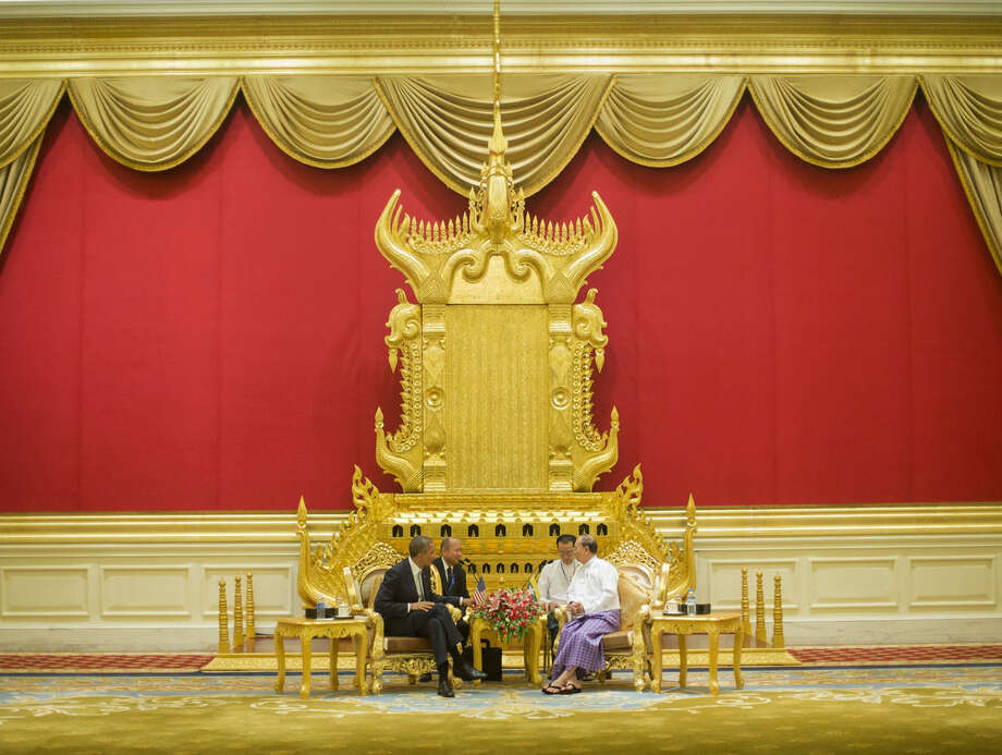 President Barack Obama meets with Myanmar's President Thein Sein, right, Thursday, Nov. 13, 2014, at the Presidential Palace in Naypyitaw, Myanmar. (AP Photo/Pablo Martinez Monsivais)