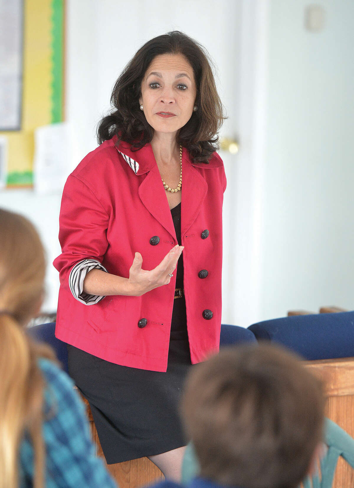 State Rep. Gail Lavielle, R-143, talks with Wilton's Youth in Government group.