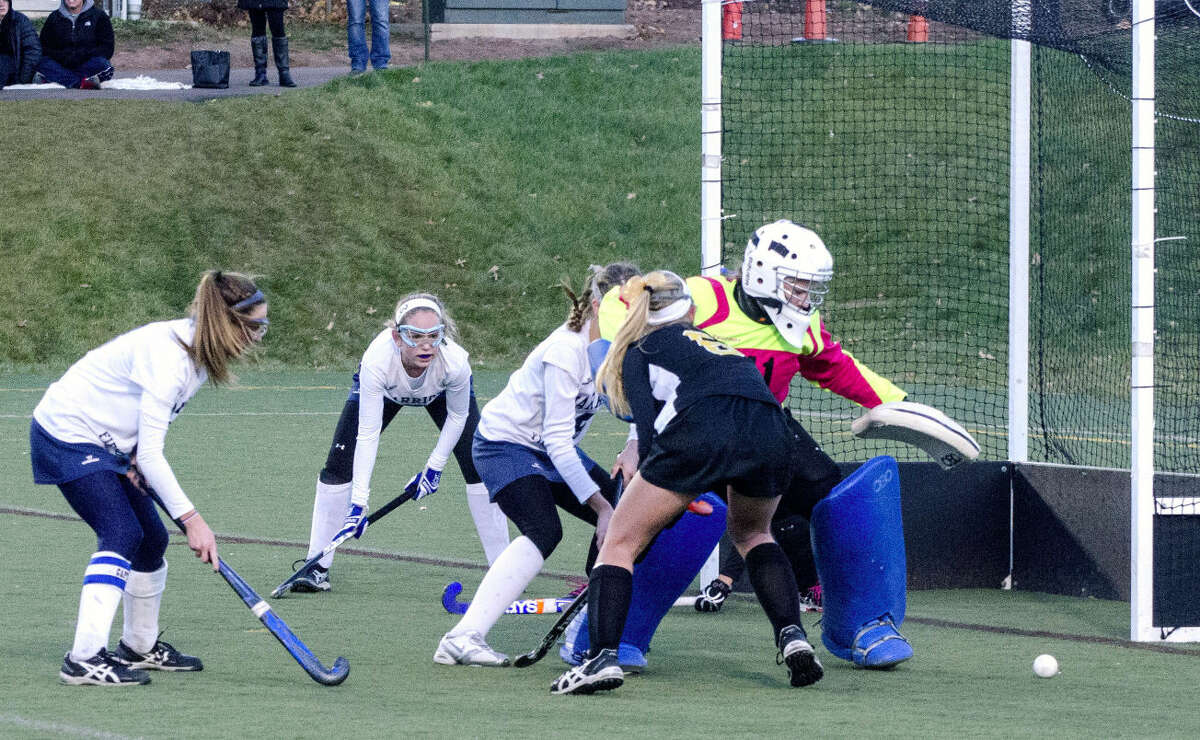 Wilton fell short in its quest of a fourth straight state title, losing to Daniel Hand 2-1 on Saturday in Wethersfield.