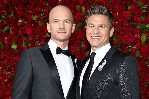 NEW YORK, NY - JUNE 12:  Neil Patrick Harris and David Burtka attends the 70th Annual Tony Awards at The Beacon Theatre on June 12, 2016 in New York City.  (Photo by Larry Busacca/Getty Images for Tony Awards Productions)