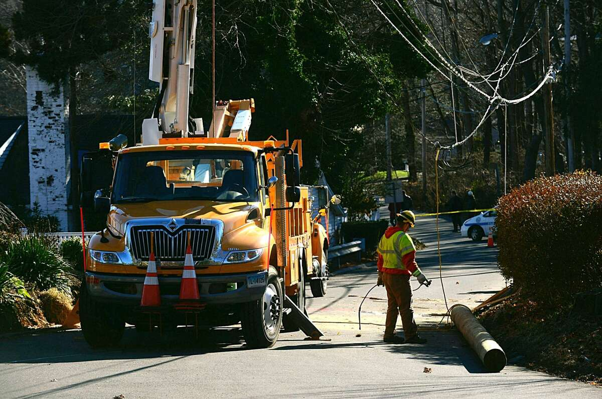 Sylvan Road South in Westport closed due to box truck accident, down wires