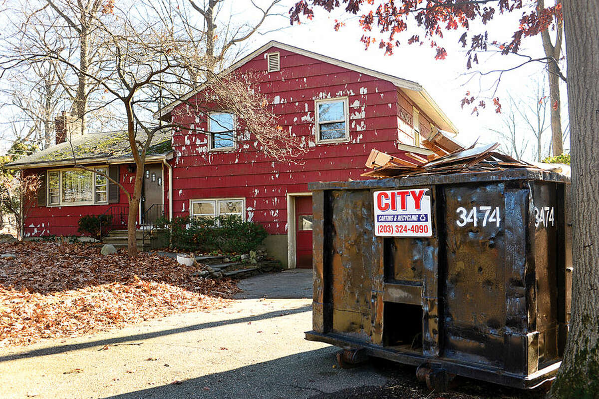 Hour photo / Erik Trautmann 85 Williams St was cited by Norwalk's blight ordinance. There are sixty Norwalk properties cited under city's blight ordinance. Members of Common Council's Ordinance Committee are discussing strengthening the ordinance.