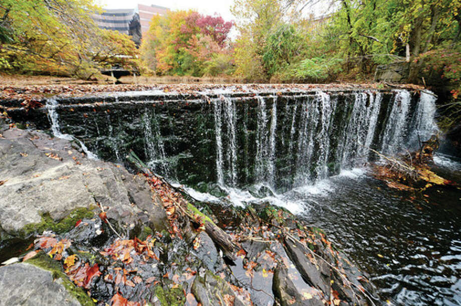 Hour photo / Erik TrautmannU.S. Fish and Wildlife Service has awarded Norwalk a $970,000 grant to remove the Flock Process Dam from the Norwalk River. / (C)2013, The Hour Newspapers, all rights reserved