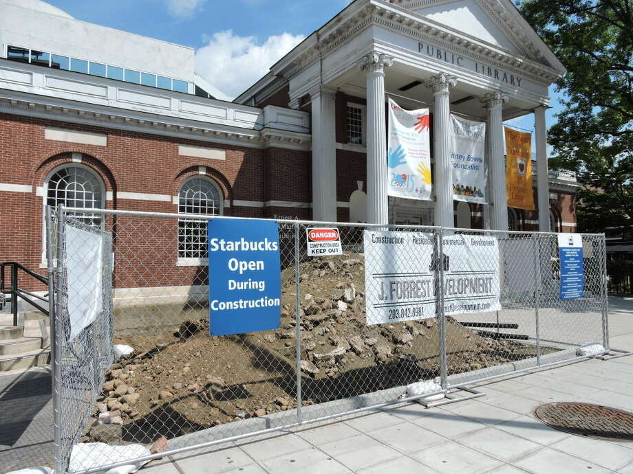 Construction in front of The Ferguson Library