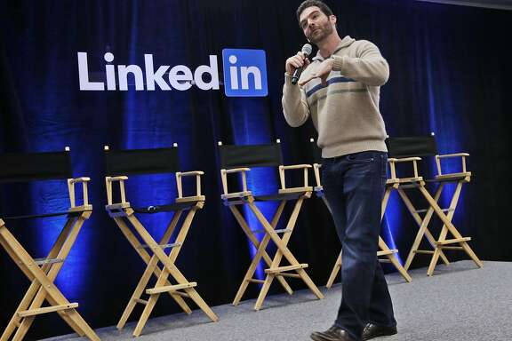 """FILE - In this Nov. 6, 2014, file photo, LinkedIn CEO Jeff Weiner speaks during the company's second annual """"Bring In Your Parents Day,"""" at LinkedIn headquarters in Mountain View, Calif. LinkedIn reports quarterly financial results on Thursday, July 30, 2015. (AP Photo/Marcio Jose Sanchez, File)"""