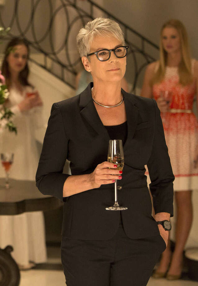 """In this image released by Fox, Jamie Lee Curtis stars as Dean Munsch in the new comedy horror anthology, """"Scream Queens,"""" premiering in September on FOX. (Steve Dietl/FOX via AP)"""