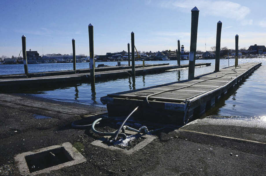 Hour photo / Erik Trautmann Boaters and shellfisherman reportedly disastisfied with condition of Norwalk Visitor's Dock at Veteran's Memorial Park.