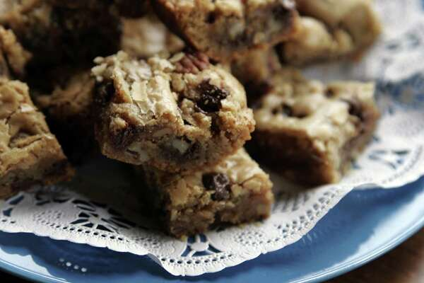 Dot's Blondies with Chocolate Chips