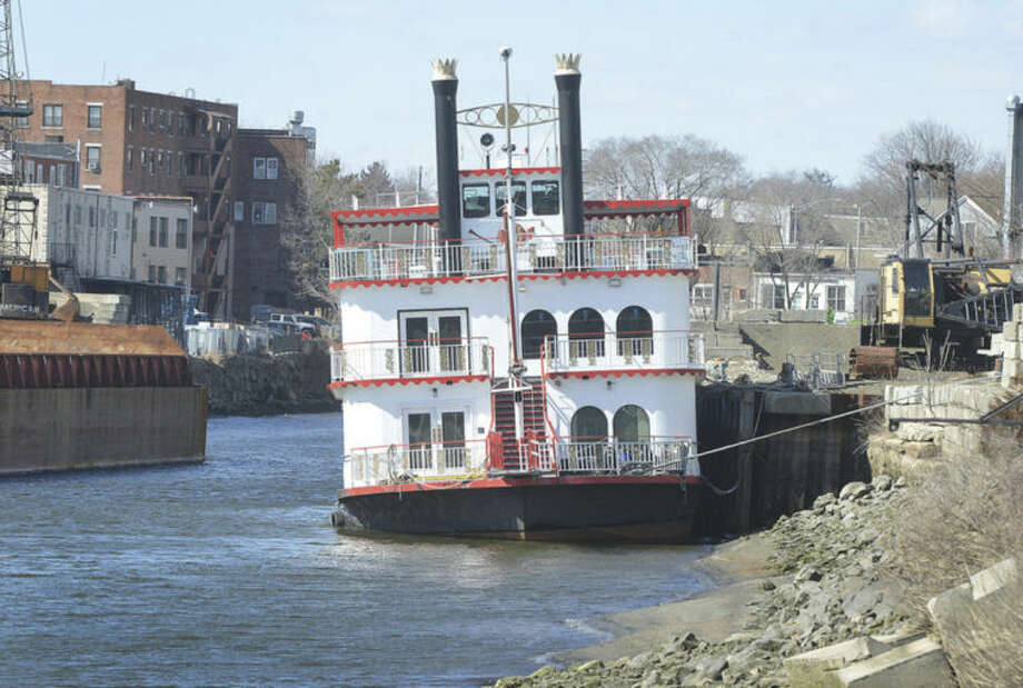 Hour Photo/Alex von Kleydorff The Island Belle is docked on the Norwalk River near Wall Street.