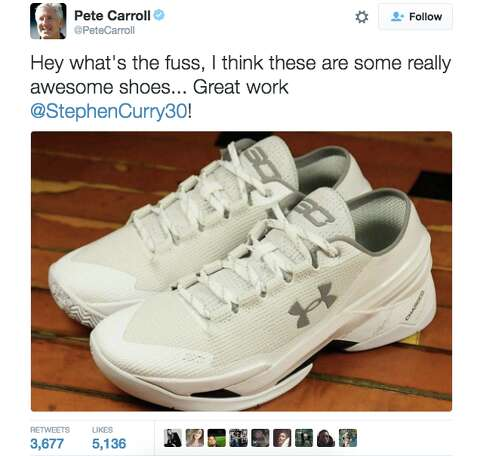 Steph Curry modifies his new  dad shoes  after everyone makes fun of ... 1d51bae25