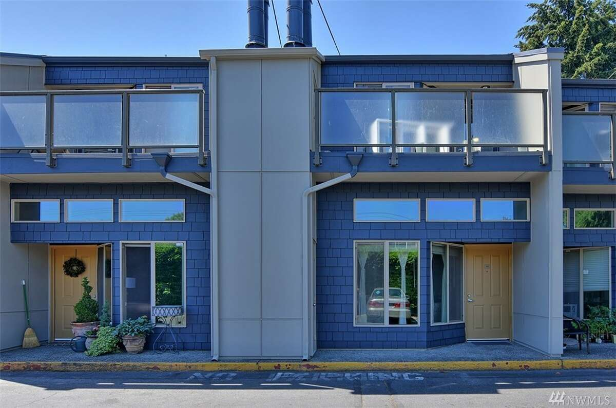 The first condo, at 5847 N.E. 75th St. Unit A 103, is listed for $215,000. The one-bedroom, one-bathroom condo is 769 square feet and is on the ground floor. It has 10-foot-tall ceilings, new quartz kitchen counter tops and a wood-burning fireplace. You can see the full listing here.