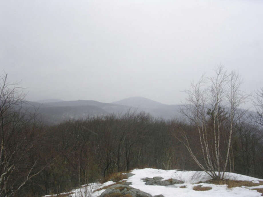Photo by Rob McWilliamsLooking north from Lions Head on the Connecticut section of the AT.