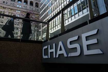 JPMorgan Chase to lay off 90 in Houston - HoustonChronicle com
