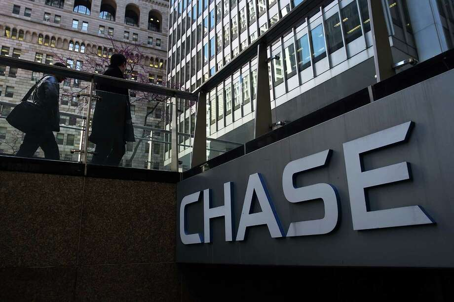 JPMorgan Chase To Lay Off 90 In Houston