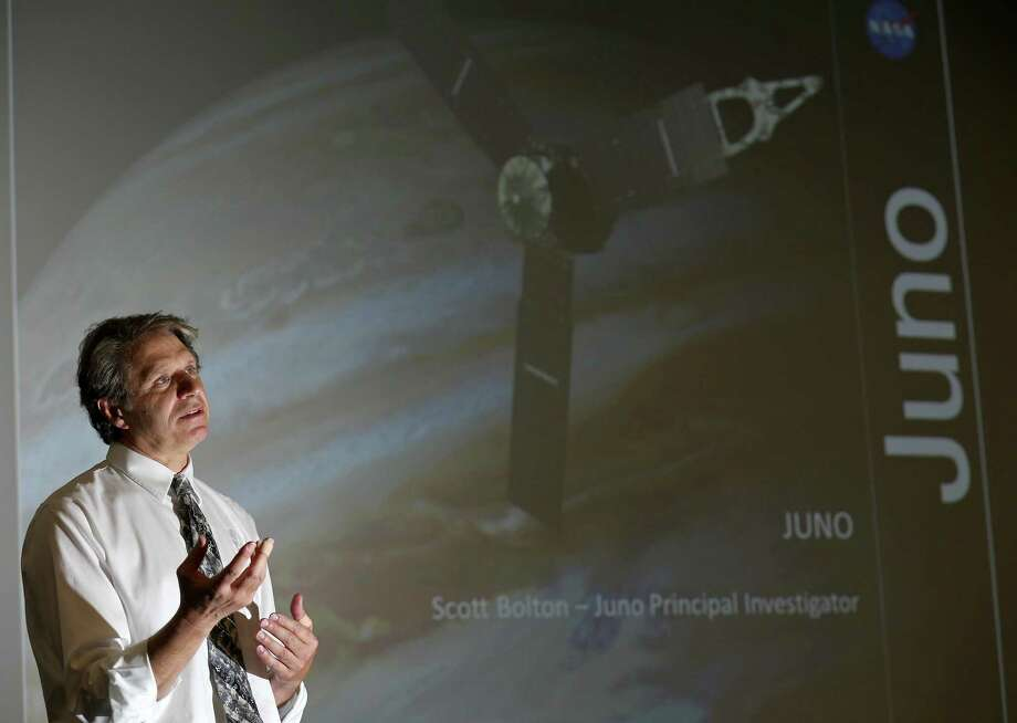 Scott Bolton, Southwest Research Institute associate vice president, Space Science and Engineering Division, and Juno spacecraft principal investigator, speaks at a press conference several weeks before the spacecraft arrived at Jupiter, the largest planet in our solar system. Photo: Edward A. Ornelas /San Antonio Express-News / © 2016 San Antonio Express-News