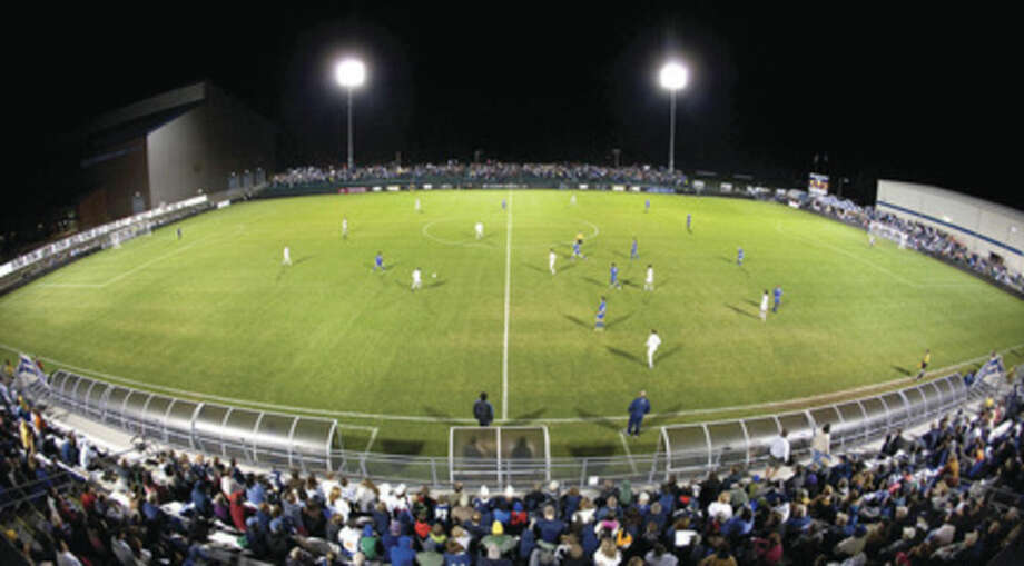 Westport's Rizza gives UConn $5 million to upgrade soccer stadium