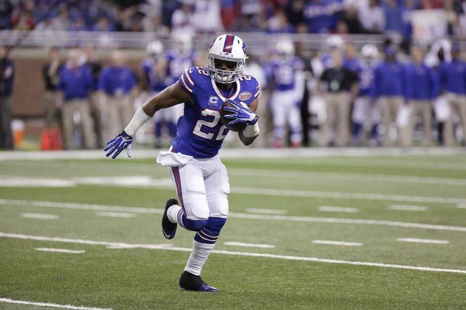 Buffalo Bills running back Fred Jackson runs during the first half of an NFL football game against the New York Jets in Detroit, Monday, Nov.24, 2014. Jackson, who went undrafted out of Coe College in 2007, needs nine rushing yards against the Jets to surpass Willie Parker for the third-most rushing yards all-time by an undrafted player. (AP Photo/Duane Burleson)