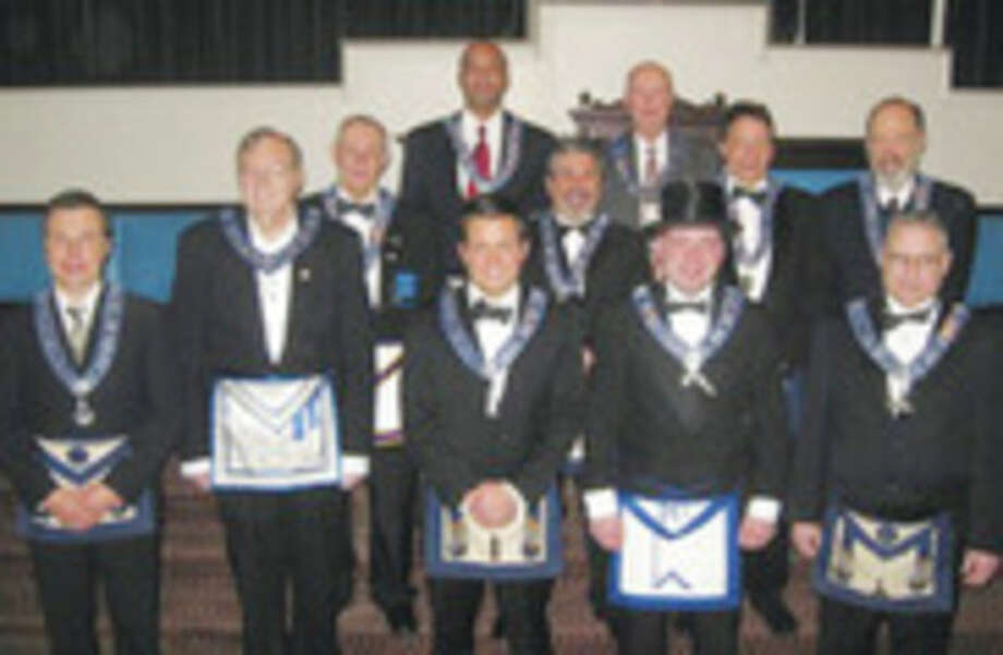 Norwalk Masons install new officers