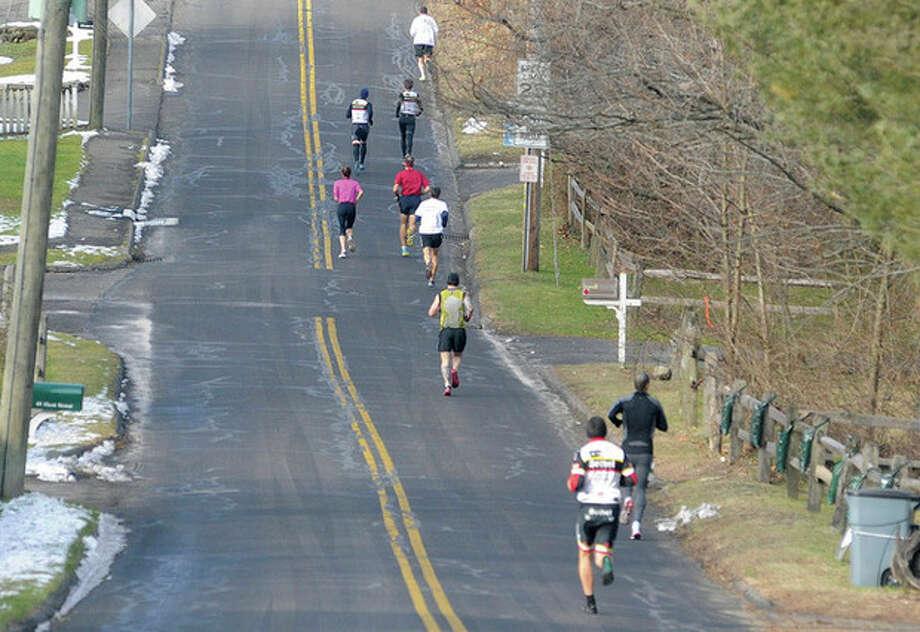 The Boston Buildup 10k race on Sunday in Norwalk. hour photo/Matthew Vinci