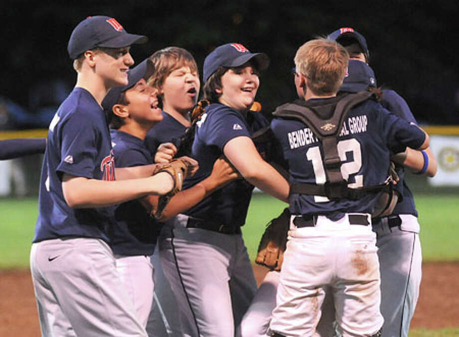 Twins top Rangers to win Wilton Little League championship