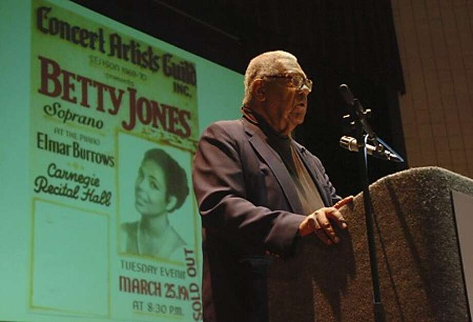 "Doug Jones speaks about the opera career of his wife, Betty Jones, and her upcoming book, ""The Music in MY Life"" during a presentaion to the Lifetime Leaners at Norwalk Community College Friday. Hour photo / Erik Trautmann"