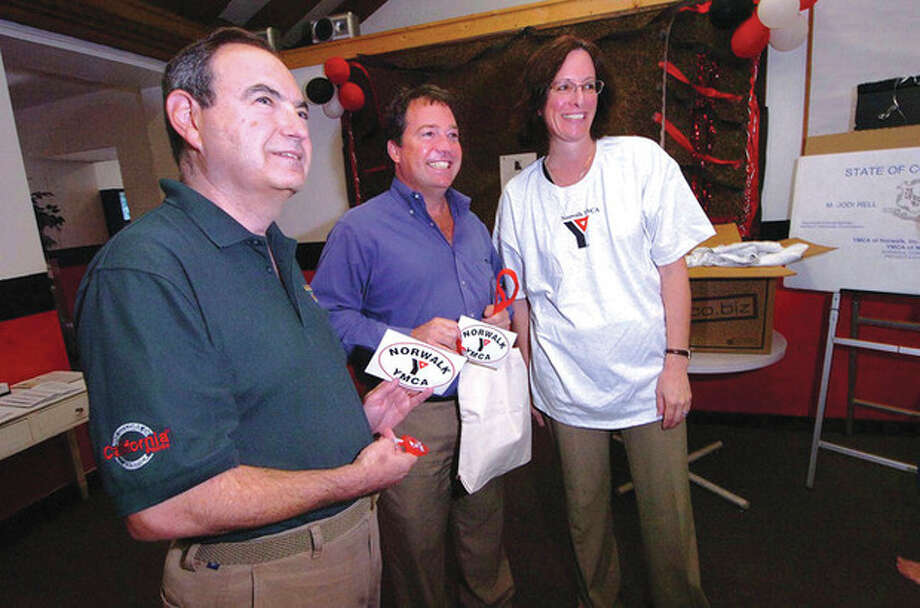 l-r David Brandman, Larry Curry and Cynthia Armijo, CEO of the YMCA of Norwalk file 2008 / © 2012 The Hour Newspapers