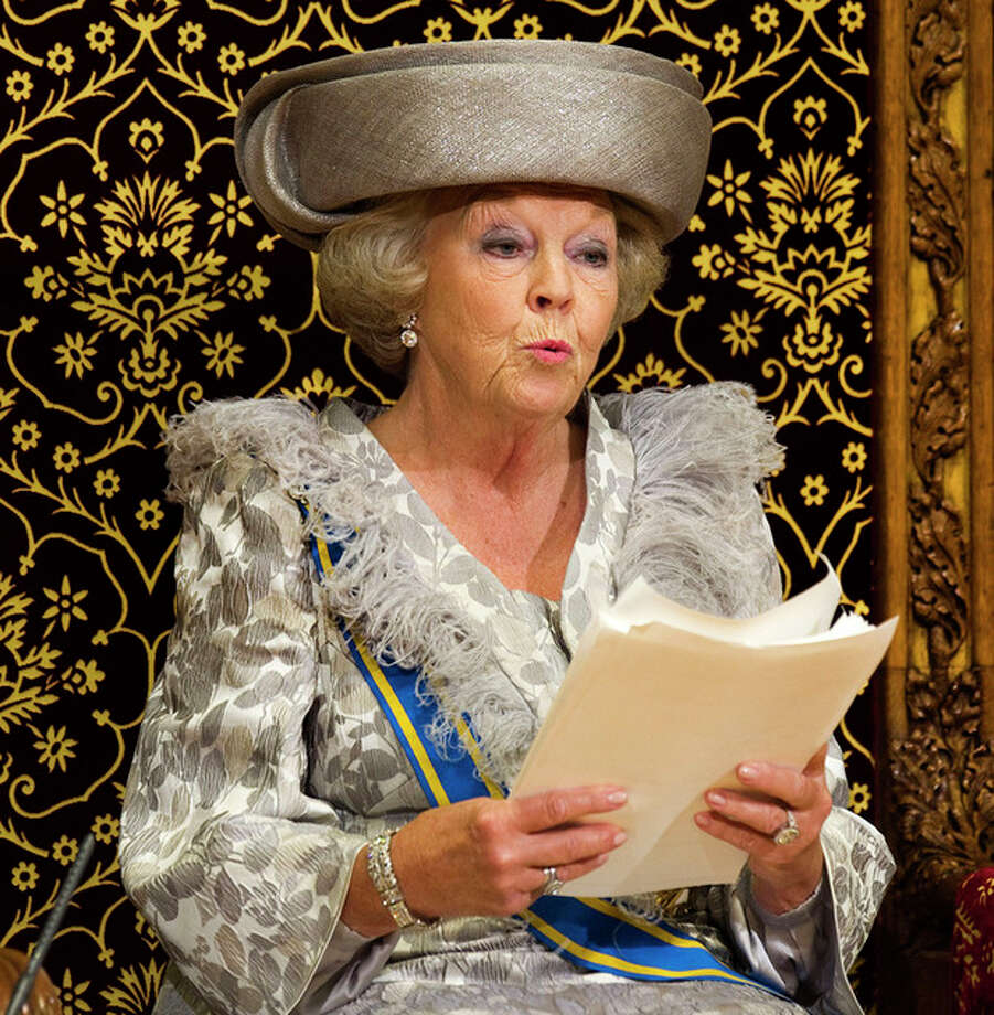 FILE - In this Sept. 20, 2011 file photo, Dutch Queen Beatrix formally opens the new parliamentary year with a speech in The Hague, Netherlands, Tuesday, Sept. 20, 2011. Queen Beatrix announced she is to abdicate in favor of Crown Prince Willem Alexander during a nationally televised speech Monday, Jan. 28, 2013. Beatrix, who turns 75 on Thursday, has ruled the nation of 16 million for more than 32 years and would be succeeded by her eldest son, Crown Prince Willem-Alexander. (AP Photo/Toussaint Kluiters, Pool, File) / POOL REUTERS