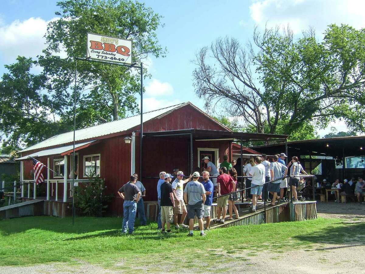 Lines form at Snow's BBQ in Lexington.