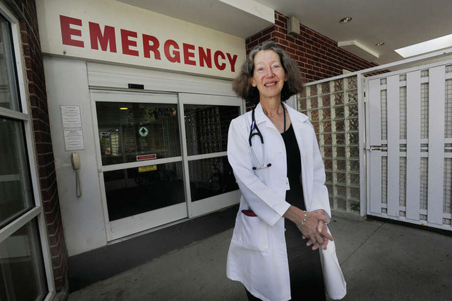 Hour photo / Matthew Vinci Emergency worker Lee Hiller is retiring after 31 years with Norwalk Hospital. / (C)2011, The Hour Newspapers, all rights reserved