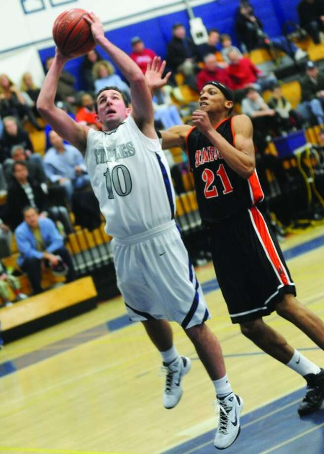 Staples High School #10 Jake Felman, Stamford High School #21 Shawn Padilla. hour photo/matthew vinci
