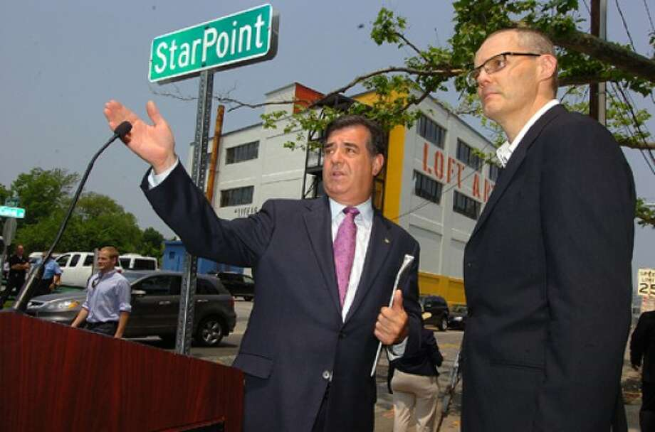Photo by Alex von Kleydorff. Mayor Mike Pavia and Starwood CEO Frits van Paasschen at the unvieling of the new StarPoint sign at their new Headquaters