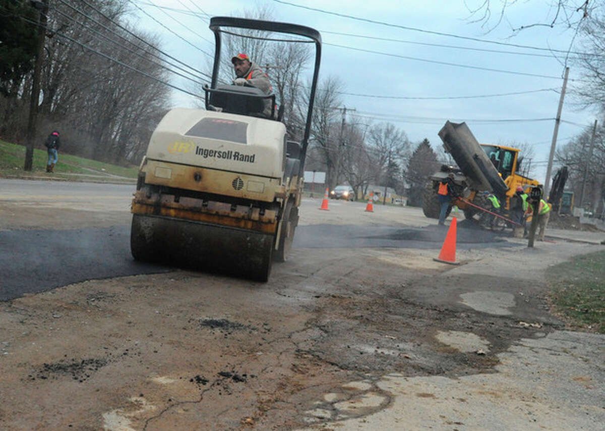 Road work on Strawberry Hill Avenue in Norwalk as part of First Taxing District Water Department plan to replace 6-inch main with 12-inch main, the work will eventually go down Westport Avenue nearly all the way to Westport town line.hour photo/Matthew Vinci