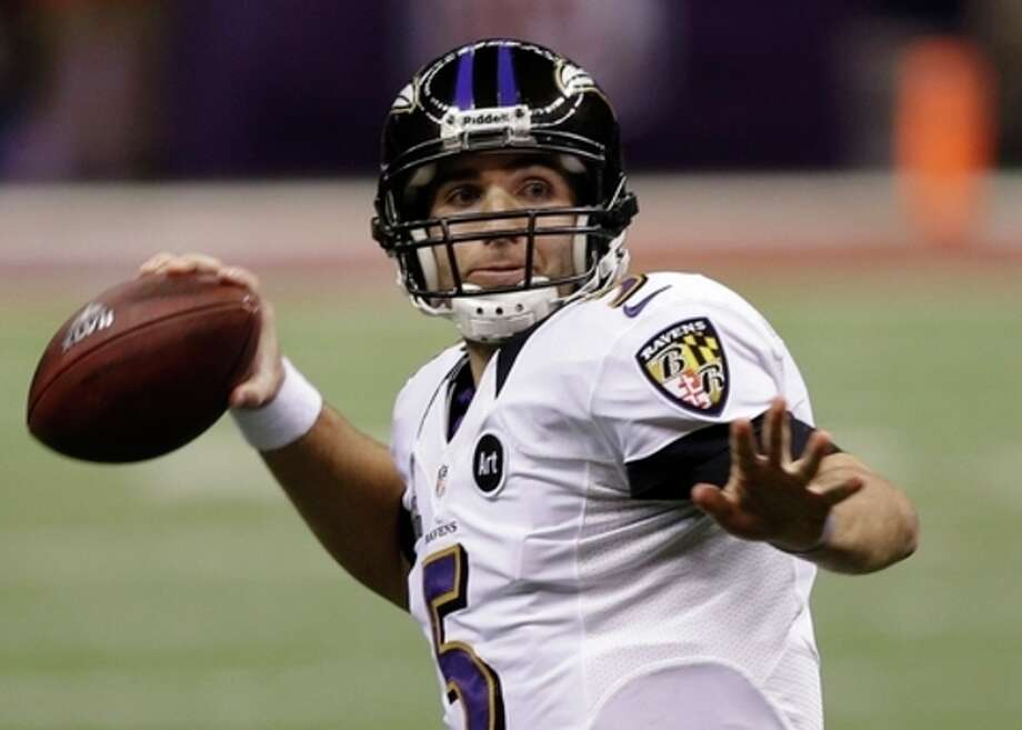 Baltimore Ravens quarterback Joe Flacco (5) passes against the San Francisco 49ers during the first half of NFL Super Bowl XLVII football game, Sunday, Feb. 3, 2013, in New Orleans. (AP Photo/Elise Amendola) / AP