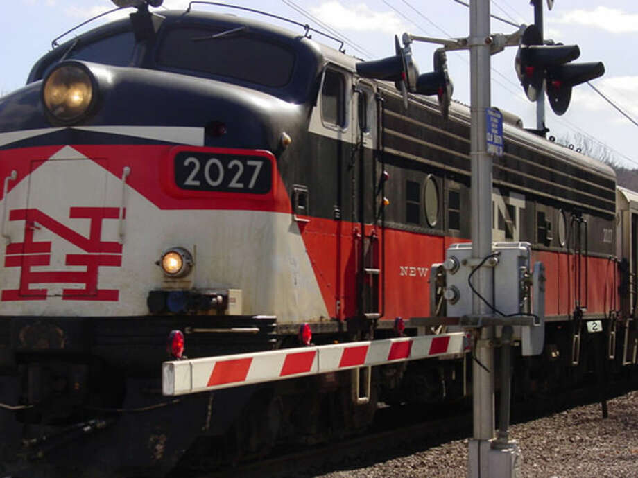 A Metro-North engine at Cannondale Station.