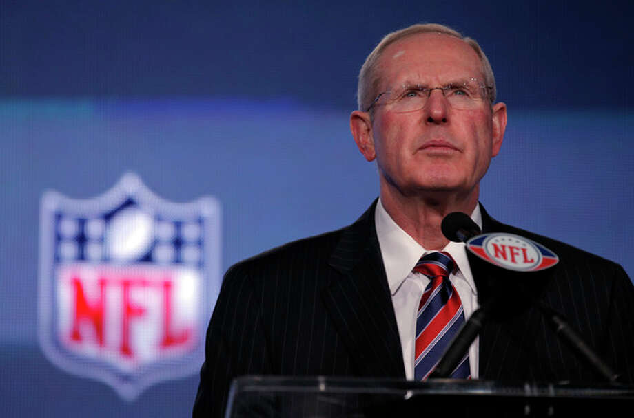 New York Giants head coach Tom Coughlin listens to a question during a news conference for NFL football's Super Bowl XLVI Friday, Feb. 3, 2012, in Indianapolis. (AP Photo/Charlie Riedel) / AP