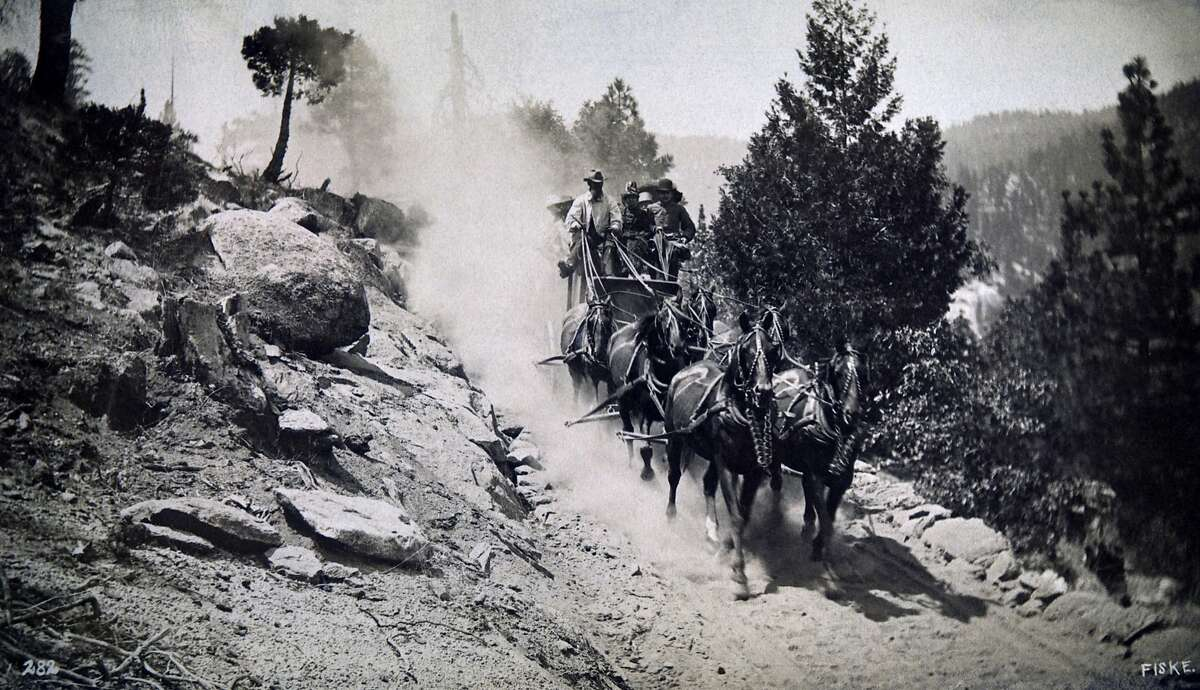 Stagecoach, Yosemite Valley, California, USA, circa 1880. (Photo by: Universal History Archive/UIG via Getty Images)