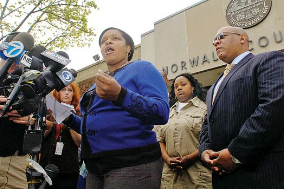 Gwen Samuel. parent & Founder, CT Parent''s Union, comments on the case against Tanya McDowell, who was charged with fraud after she allegedly enrolled her son the Norwalk Public Schools, during a press conference with Scot X Esdaile, President Connecticut State Conference of NAACP Branches, outside Norwalk Superior Court Wednesday morning. Hour photo / Erik Trautmann
