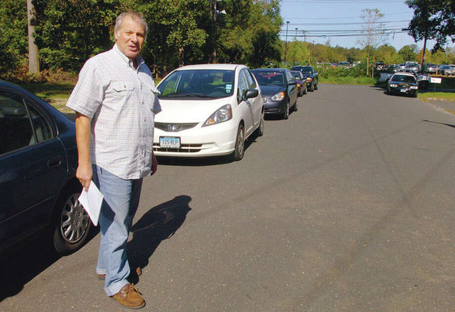 Beechwood Avenue resident Stephen Raphaelson has been fighting against college students parking on their street for years. As enrollment soars at Norwalk Community College, neighborhood residents are angry that inadequate parking spaces has turned their lawns and streets into makeshift lots. / (C)2011, The Hour Newspapers, all rights reserved
